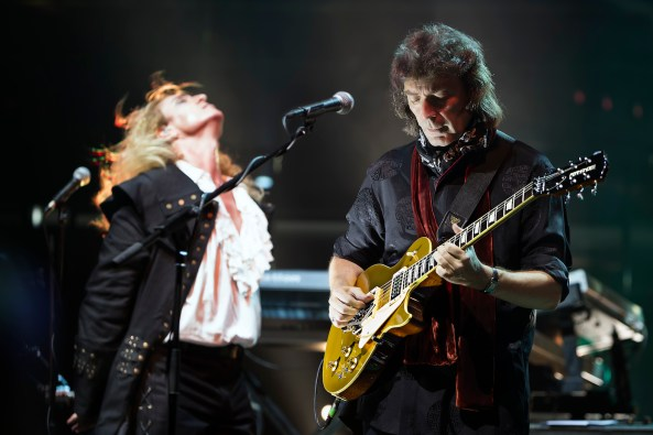 Nad Sylvan and Steve Hackett live at RAH credit icon photograhy lo res