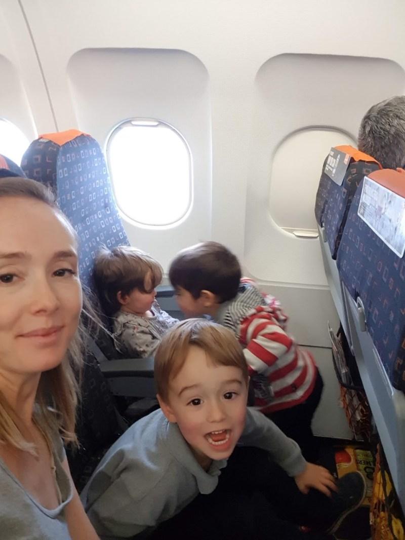flying with children easyjet