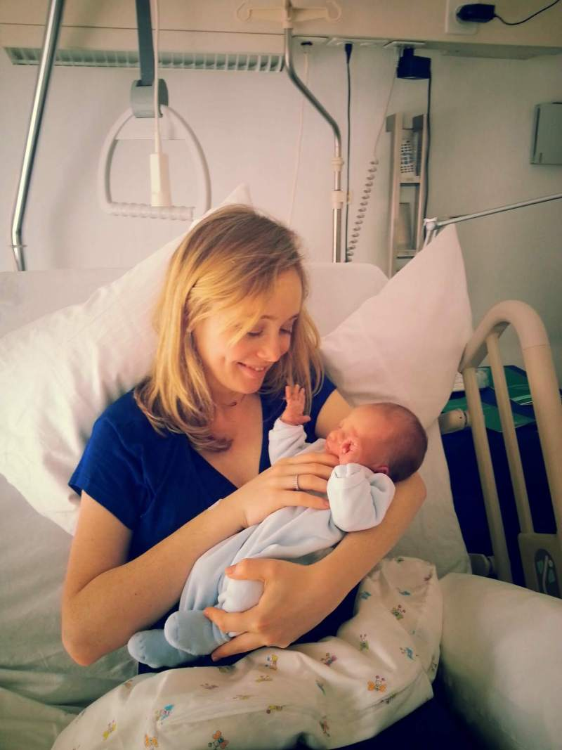 seguro de salud al dar a luz en el extranjero