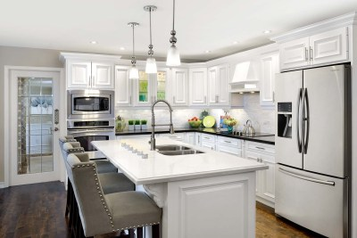 Pleasant View Kitchen by The Expert Touch Interior Design
