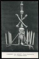 CABARET DE NEAT - Skulls & Knives