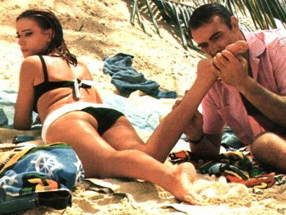 claudine-auger-domino-thunderball-hot-sean-connery-2