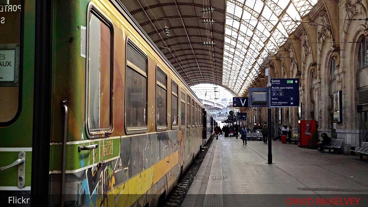 train nice monaco