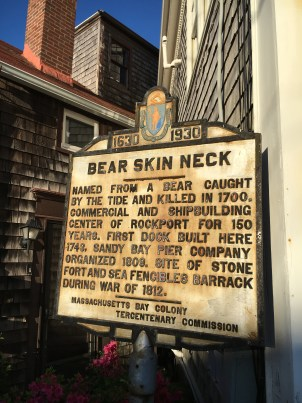 BEARSKIN NECK SIGN