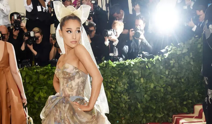 Ariana Grande Wears The Sistine Chapel Wall At The Met