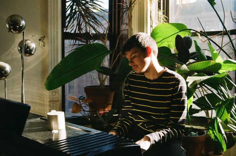 Fall Sunflower Wallpaper Fall In Love With Rex Orange County In This New Fader