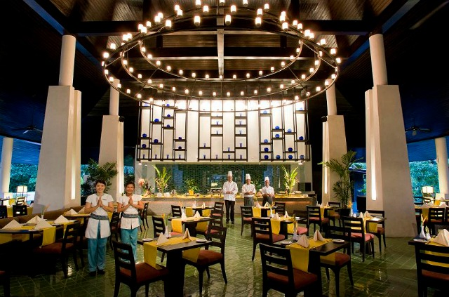 Lotus Restaurant. Enjoy all types of dining options at Centara Grand.