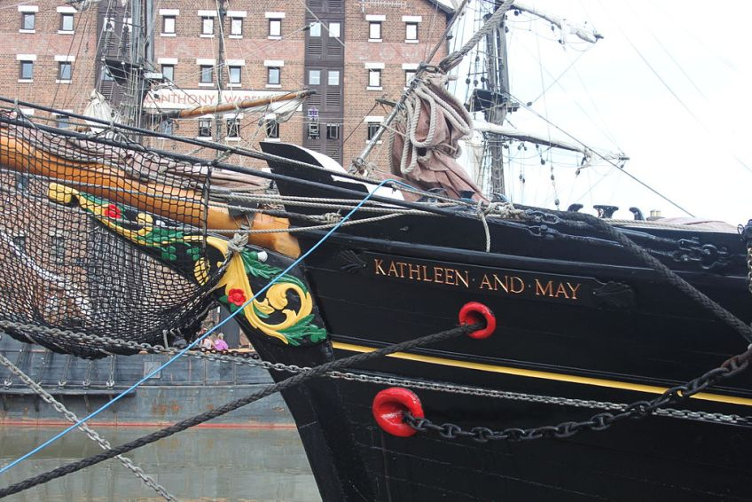 Alice through the looking glass, alice in wonderland 2, filming, gloucester, kathleen and May, Tall ship