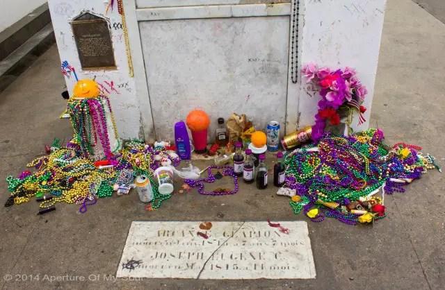 Marie Laveau giftsleftsmall New Orleans Voodoo