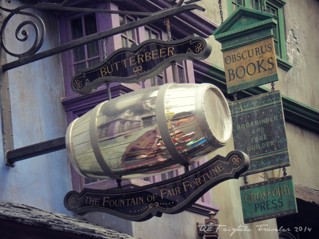 Universal Studios Diagon Alley shops 3