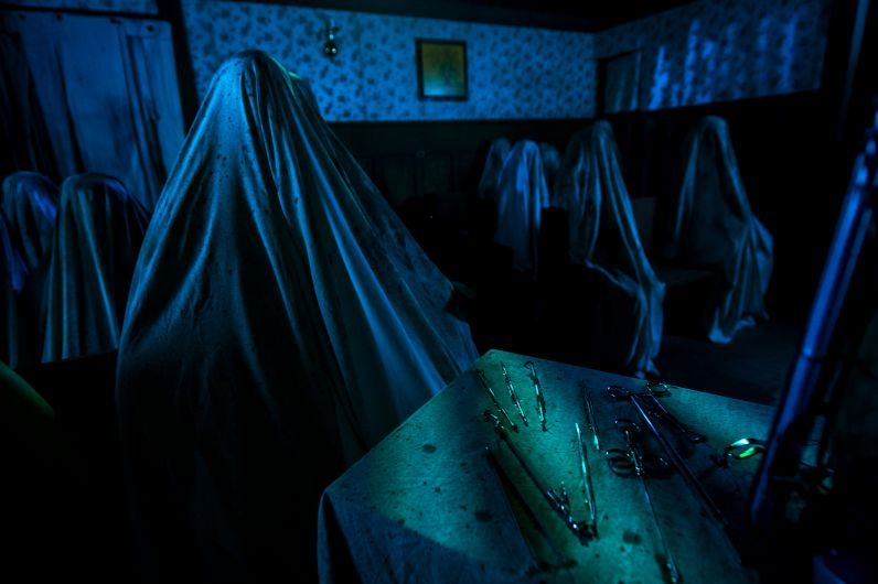 Universel Orlando Halloween Horror Nights 2015 Insidious House
