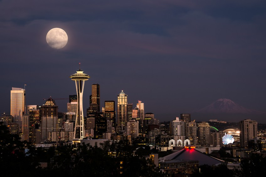 Kerry Park, Seattle skyline, night, moon