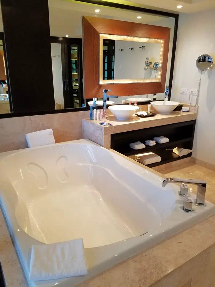 Luxury Resort in Playa del Carmen, Paradisus La Esmeralda