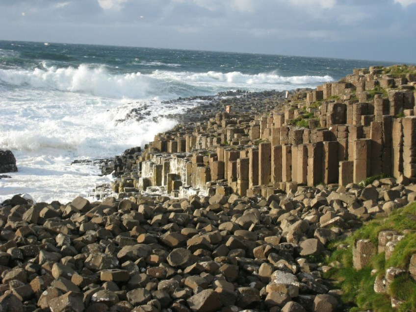 world famous landmarks, giant's causeway
