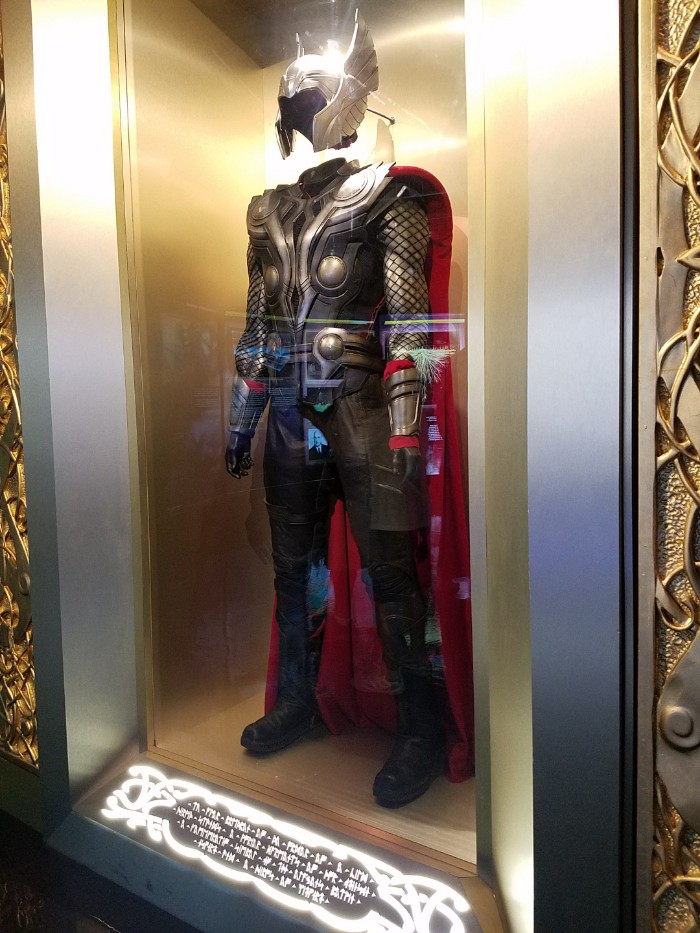 Marvel Avengers STATION Las Vegas review, thor costume
