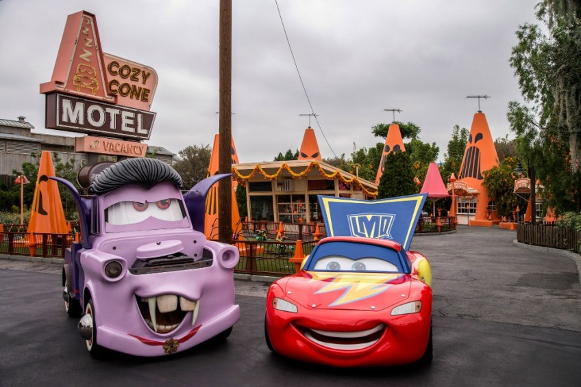 Mater and Lightning McQueen in their car stumes 09 2017 DCA.0368