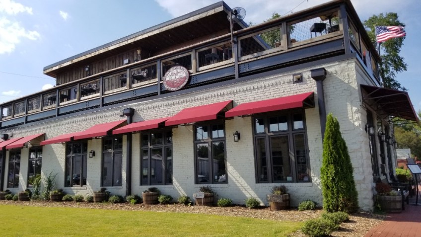 Things to do in Cherokee County, GA, Woodstock Rootstock and Vine