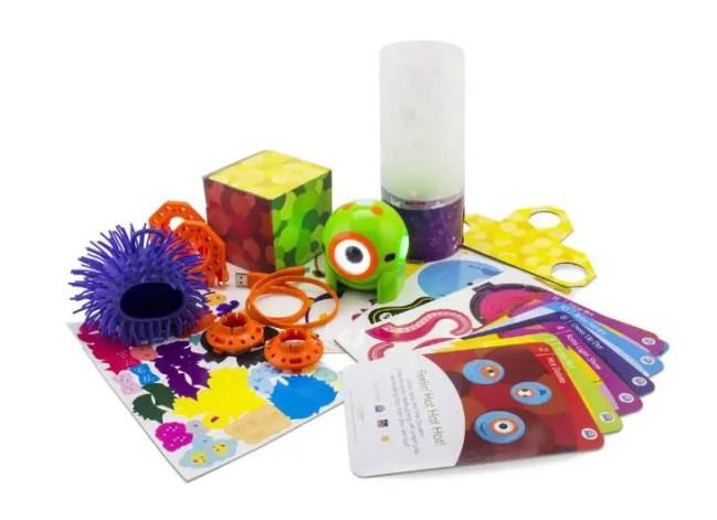 tween gifts, dot creativity kit