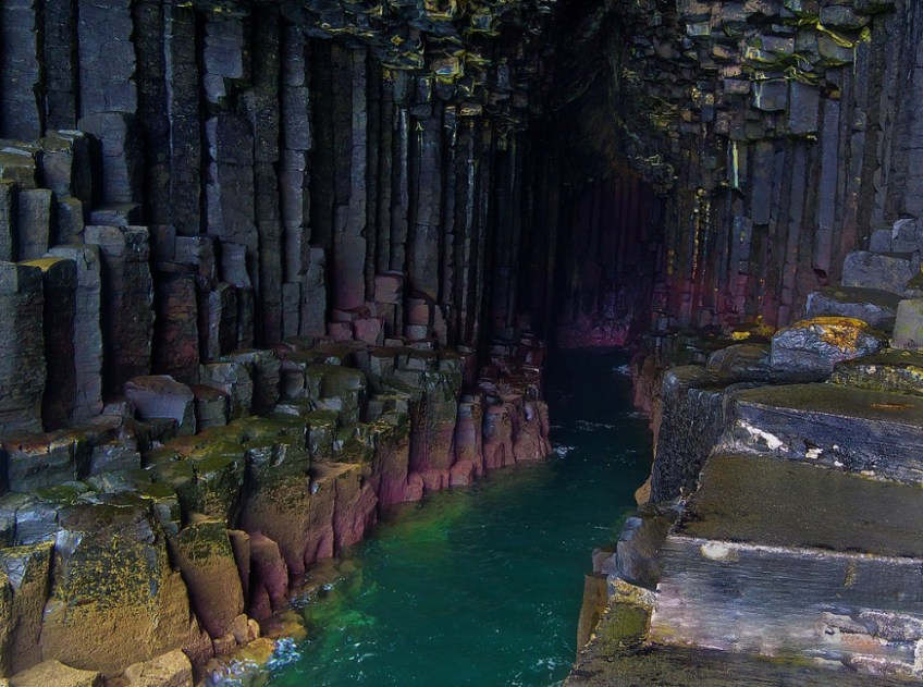 Fingal's Cave in Scotland, Amazing caves