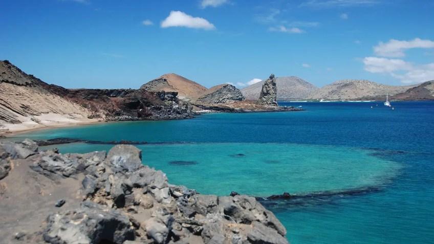 Galapagos Cruise, Island