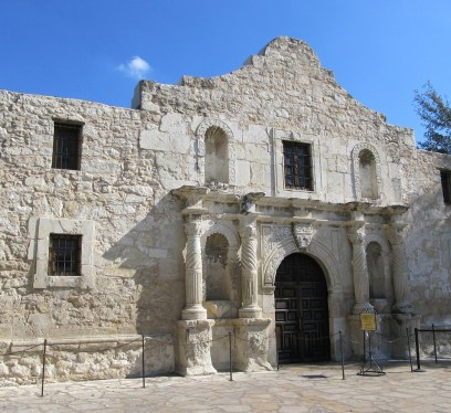 The Alamo, Living in San Antionio