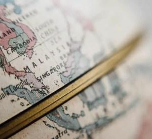 best travel accounts, globe, travel