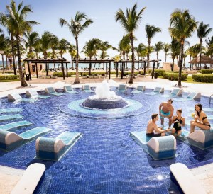 pool side barcelo