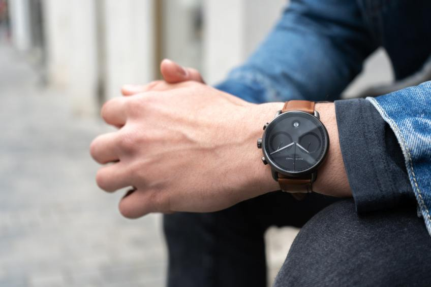 watch black casual