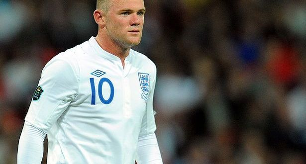 Wayne-Rooney-in-action-for-England