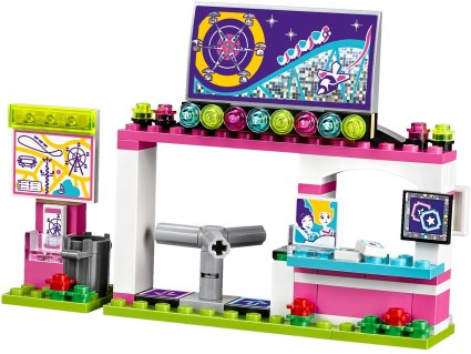 LEGO Friends Amusement Park Roller Coaster - 18