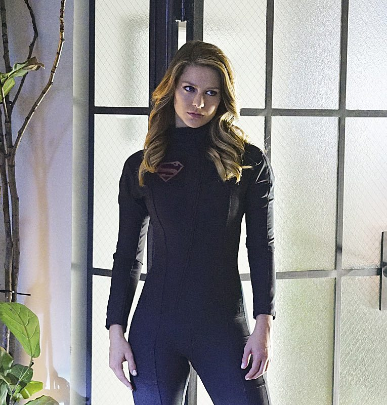 """""""Falling"""" -- Kara (Melissa Benoist, pictured) turns on her friends and the citizens of National City after being exposed to Red Kryptonite makes her malicious and dangerous, on SUPERGIRL, Monday, March 14 (8:00-9:00 PM, ET/PT) on the CBS Television Network. Photo: Sonja Flemming/CBS ©2016 CBS Broadcasting, Inc. All Rights Reserved"""