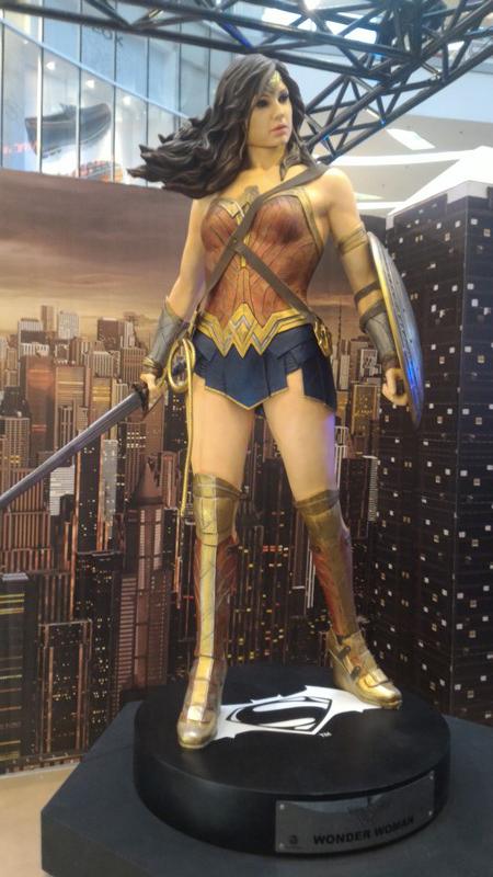 wonder woman beast kingdom batman v superman