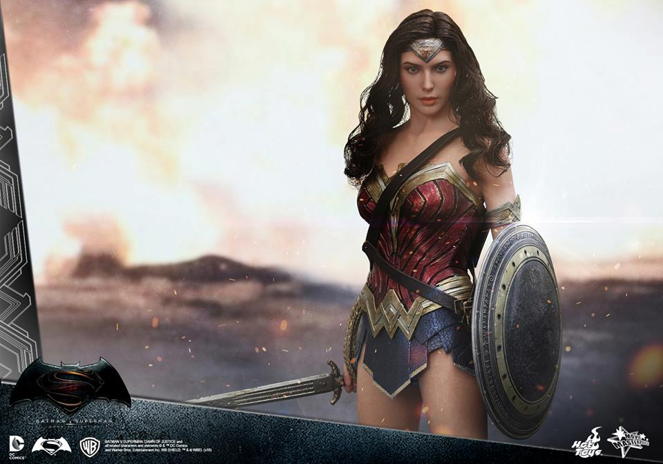 hot-toys-wonder-woman (4)