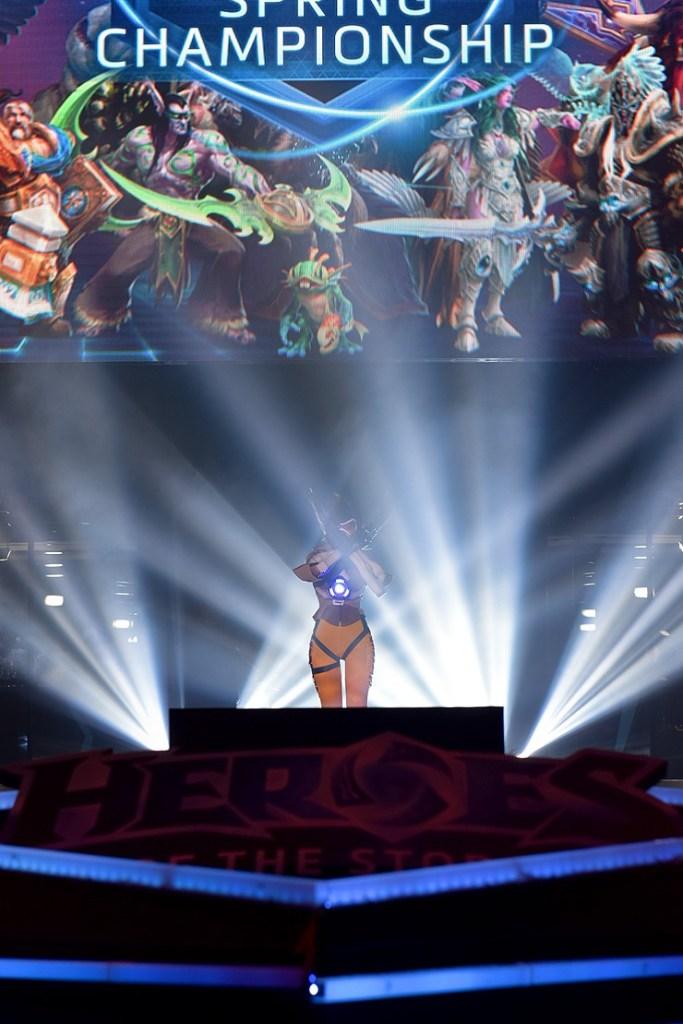 tasha cosplay tracer overwatch (5)