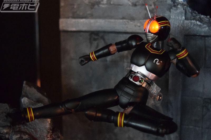 SH Figuarts Kamen Rider Black Luminous (2)