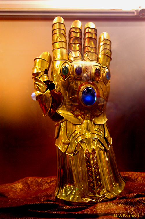 The Infinity Gauntlet of Thanos. Comic-Con. San Diego. 2010. Marvel Studios Pavilion. Late Sunday Afternoon. For Just a Few Minutes. At the Steps of the Golden Throne of Odin. Hidden Behind a Massive Glass Case? (An American Comicon Encore Pic!)