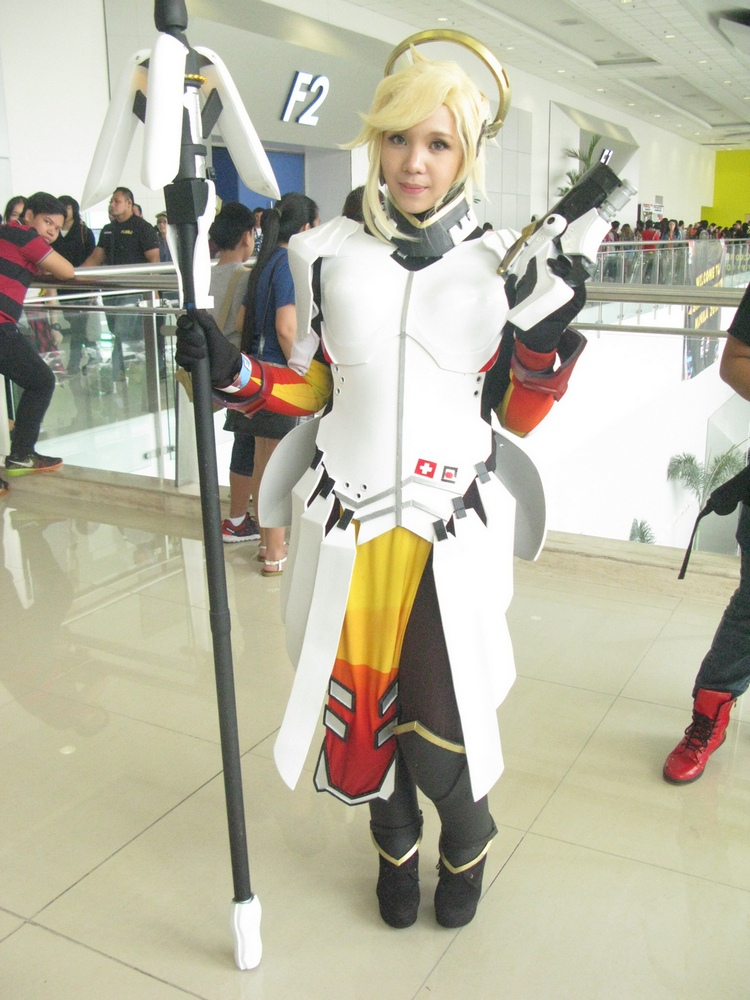 asiapop comicon 2016 overwatch cosplay mercy