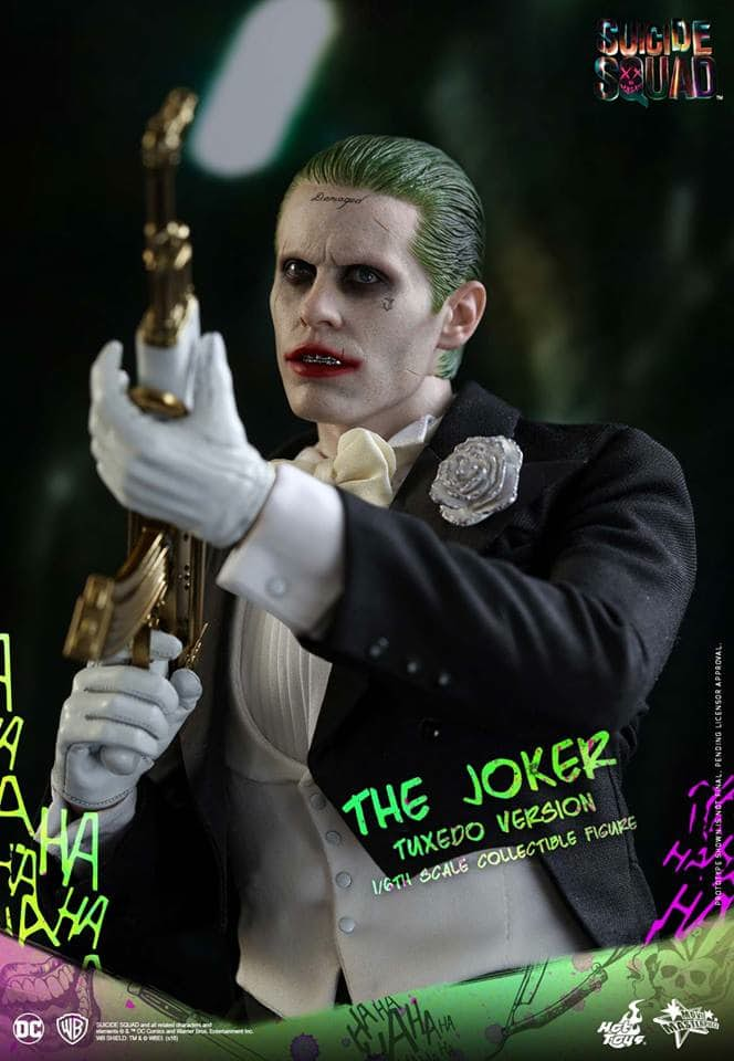 hot-toys-tuxedo-joker-one-sixth-scale-figure-9
