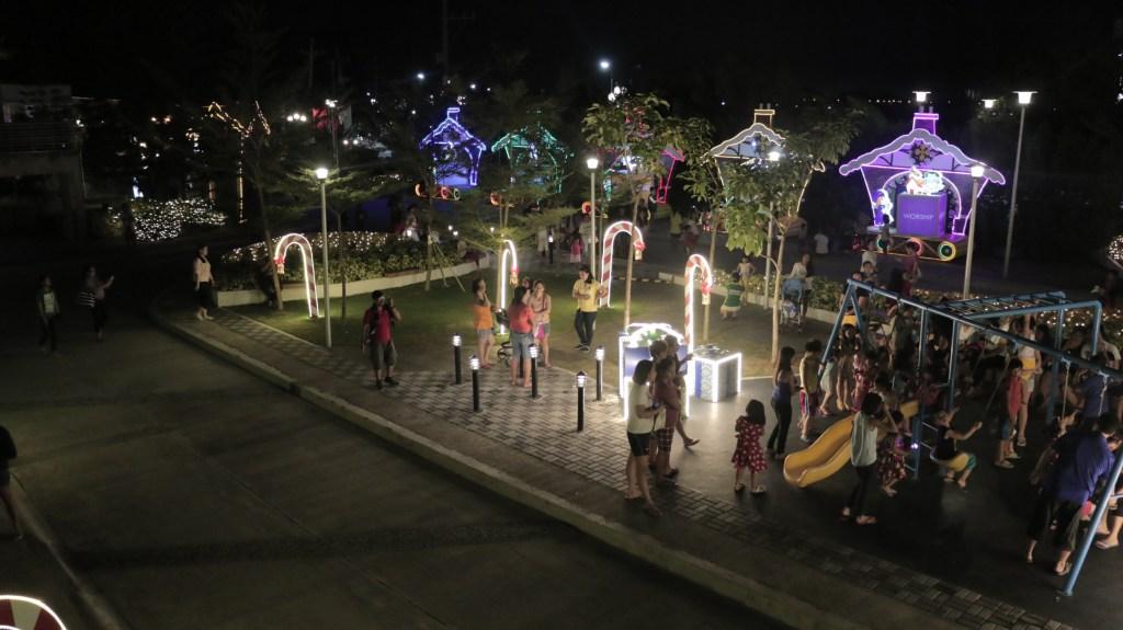 lancaster-new-city-christmas-lighting