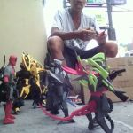 Pinoy Creates Toys from Rubber Scraps in Imus