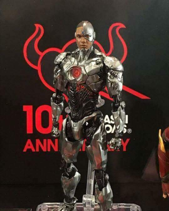 Sh figuarts justice league cyborg