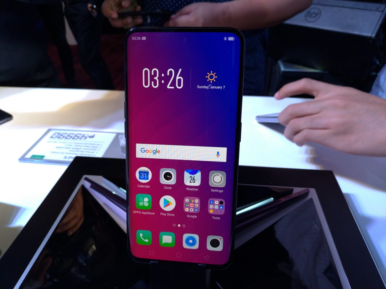 A Closer Look at the OPPO Find X (now launched in the Philippines