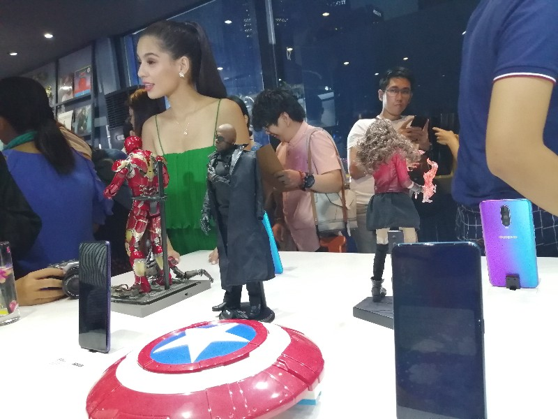 jasmine curtis oppo pop up store opening bgc