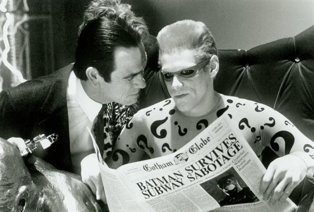Jim Carrey,Tommy Lee Jones