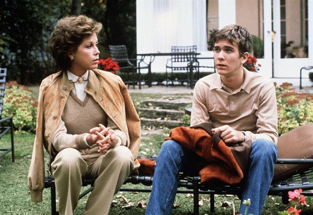 Mary Tyler Moore,Timothy Hutton
