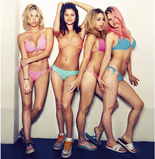 Ashley Benson,Rachel Korine,Selena Gomez,Vanessa Hudgens