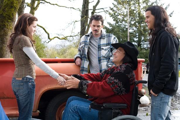 Billy Burke,Kristen Stewart,Taylor Lautner