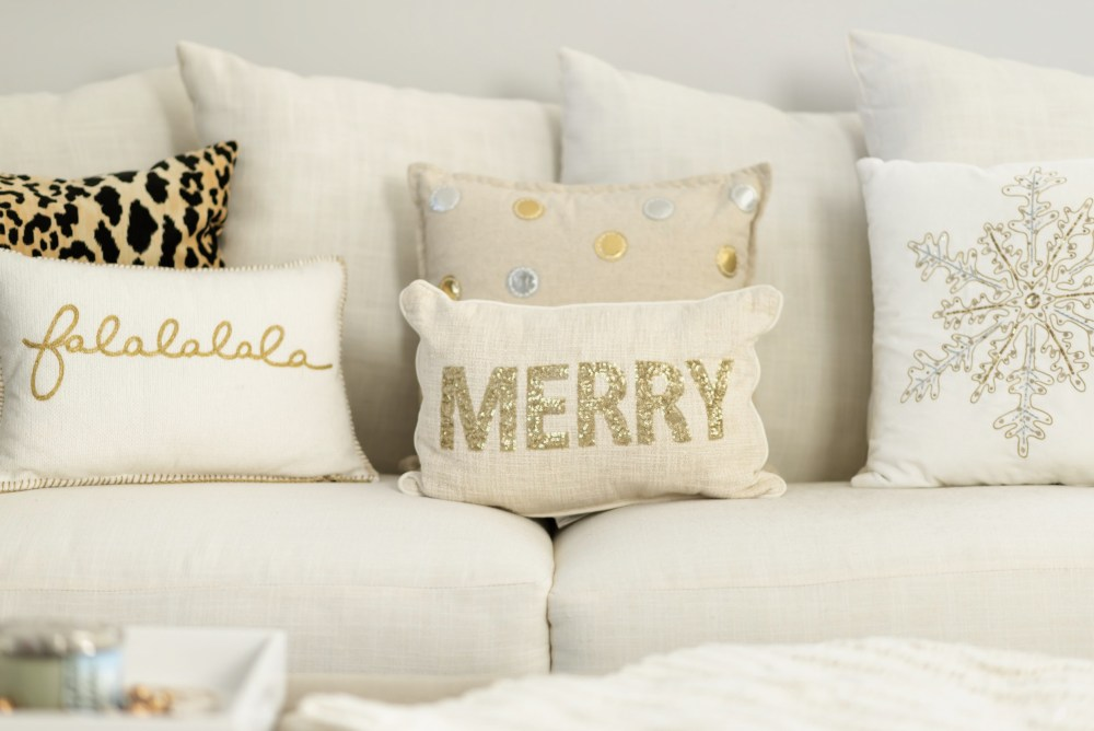 cute-affordable-holiday-pillows-target-fancy-things-holiday-home-decor
