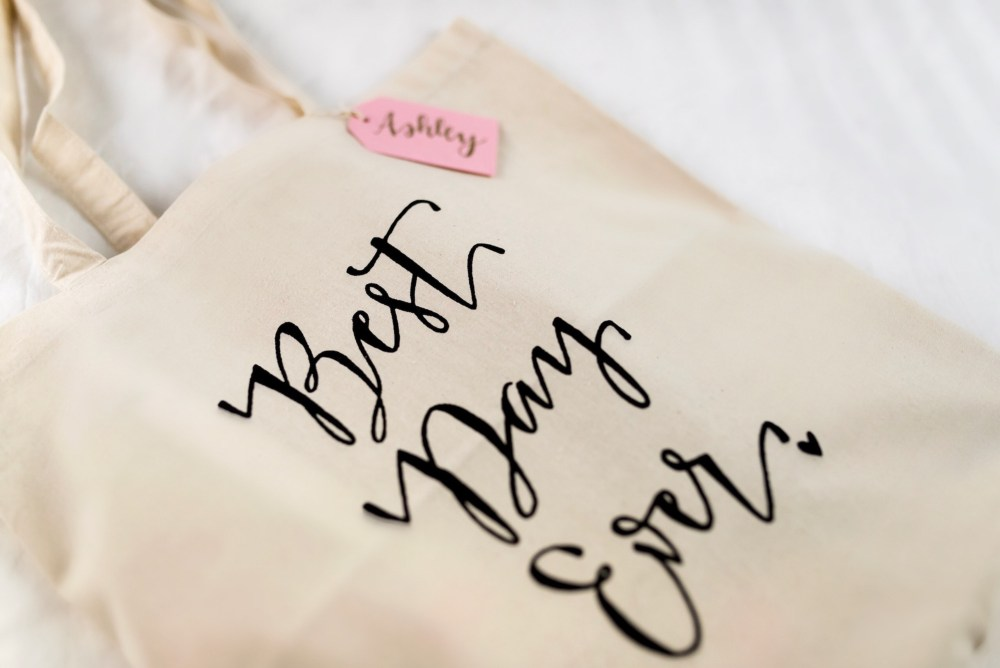 cute-tote-for-wedding-day-and-bridesmaid-gifts-fancy-things