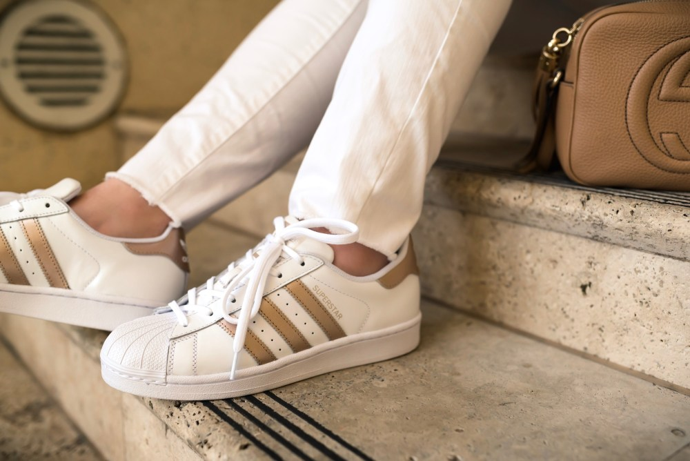 best loved 040a7 fedb3 Best 20 Cheap Adidas superstar 80s metal ideas on Pinterest Gold